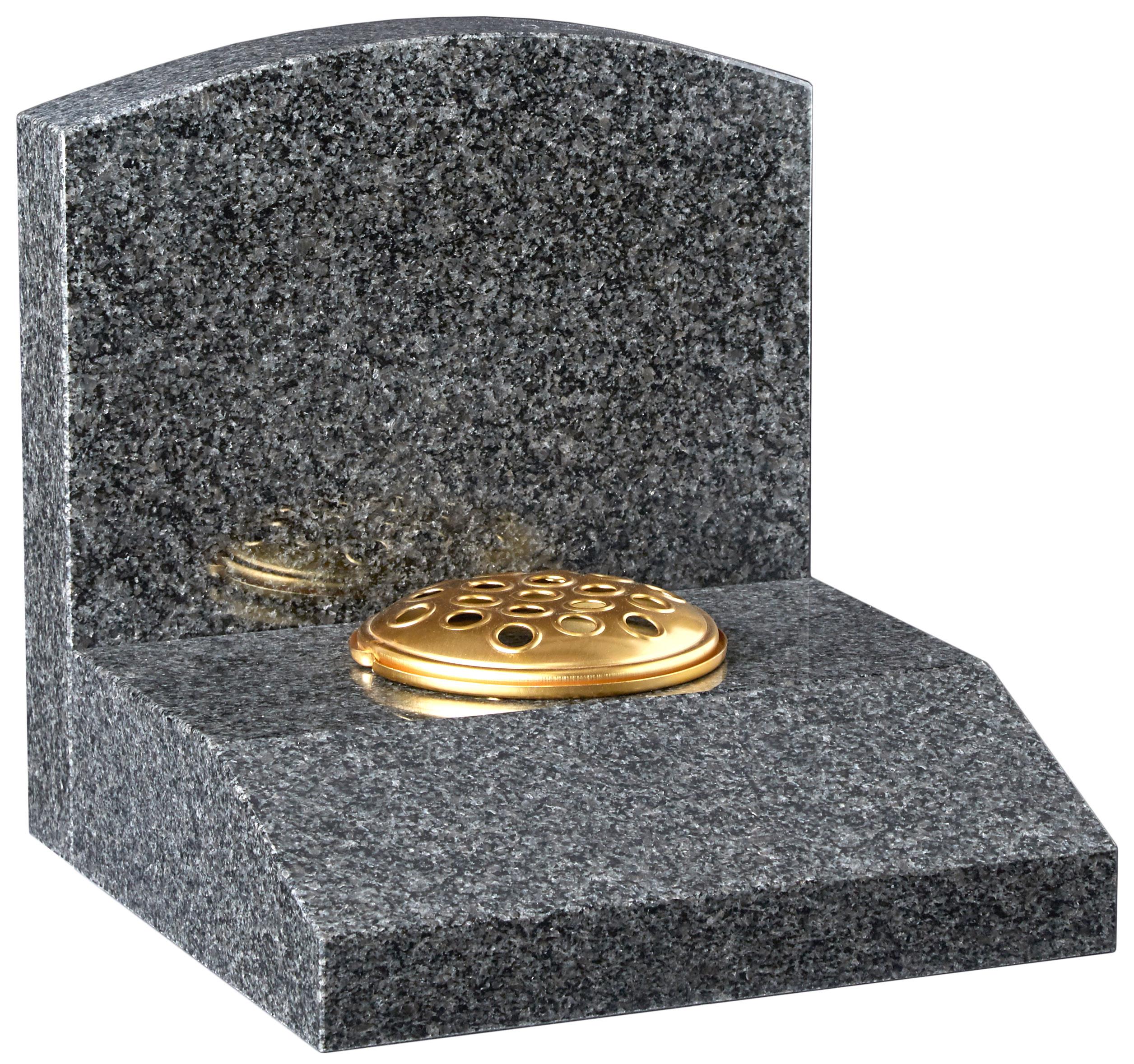 16195 Oval headstone