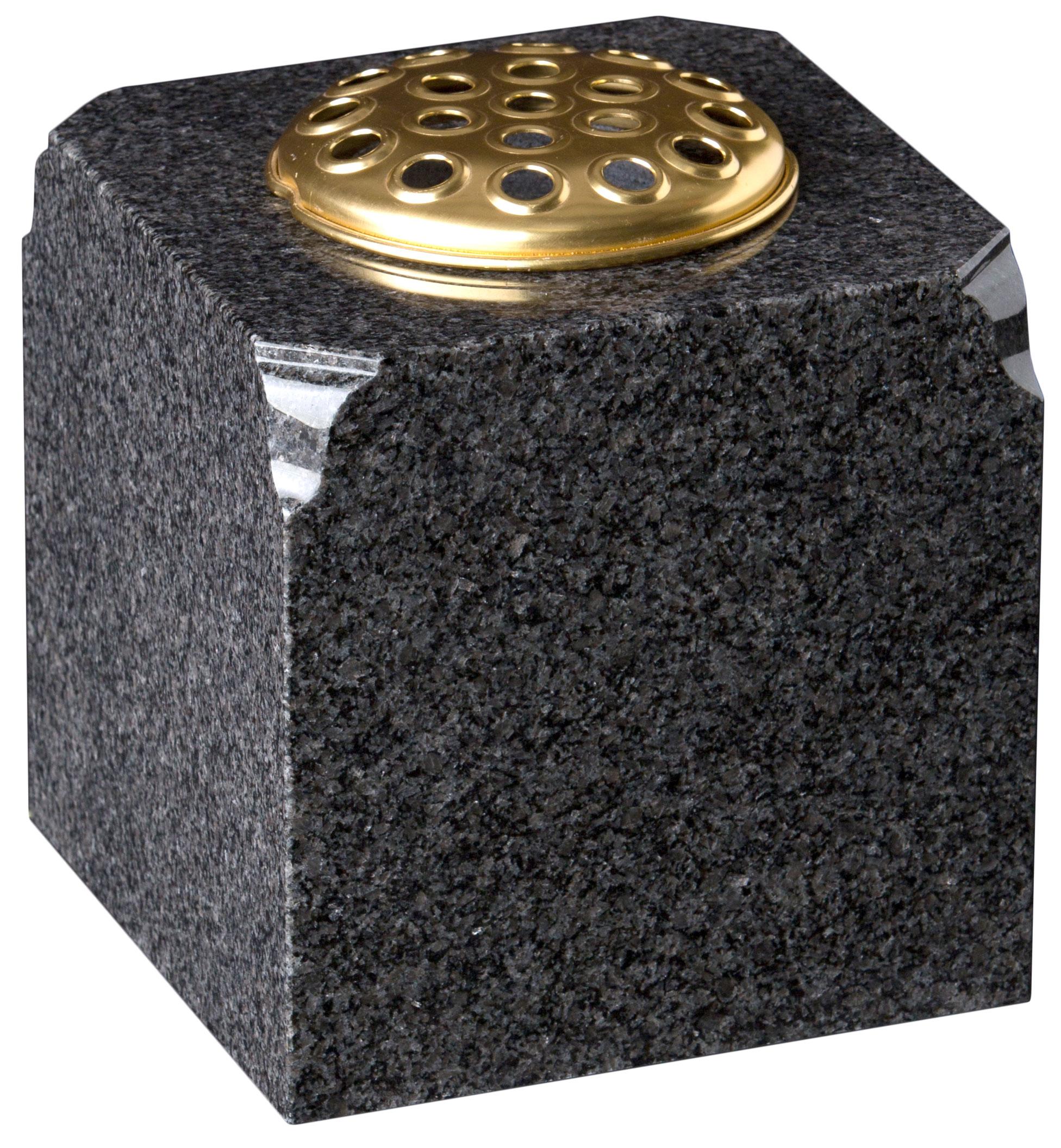 16202 Square vase