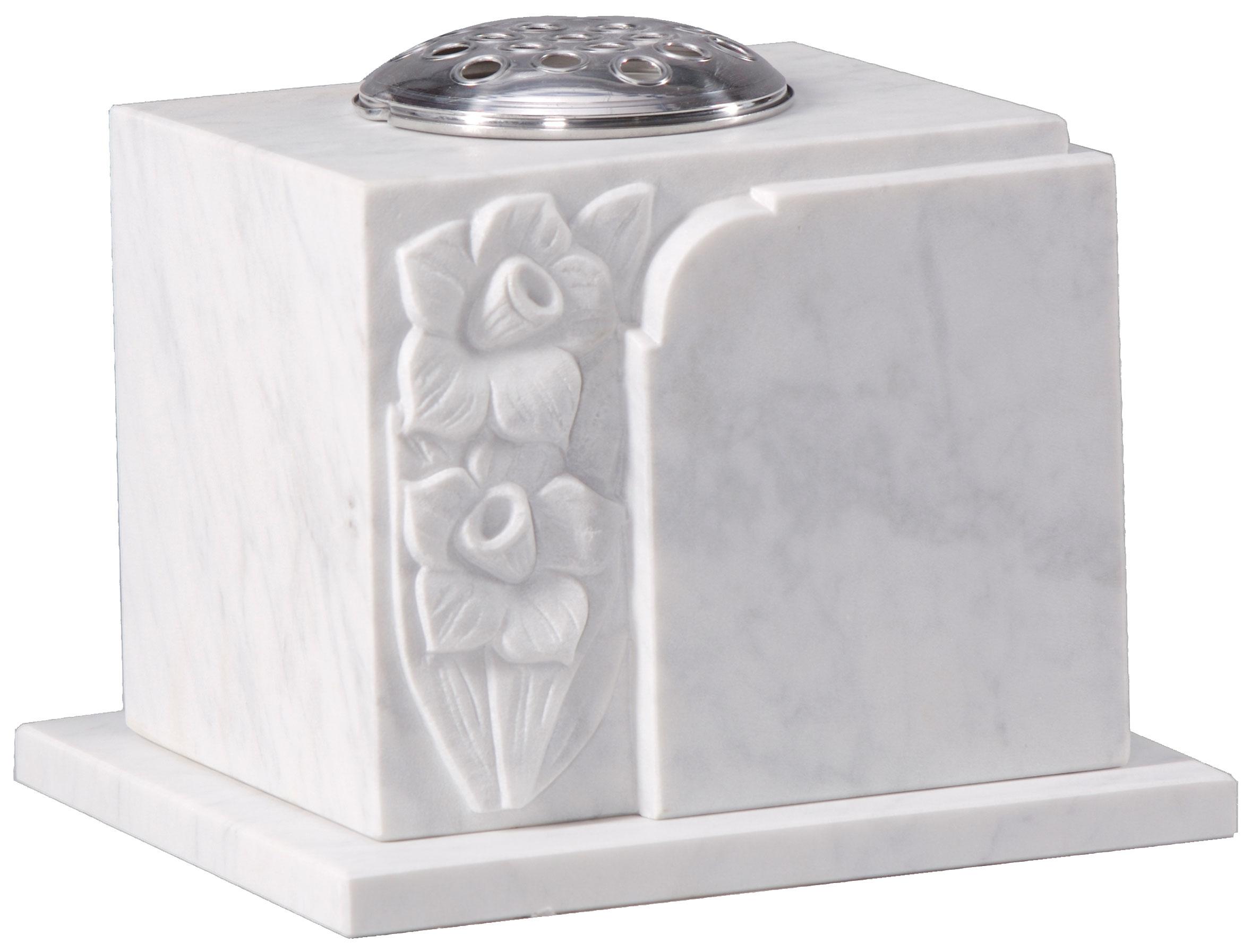 16208 Carved marble vase